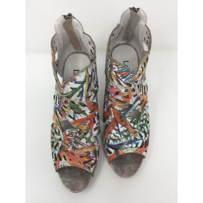 Laura vita sandalo multicolor tallone coperto tacco 8