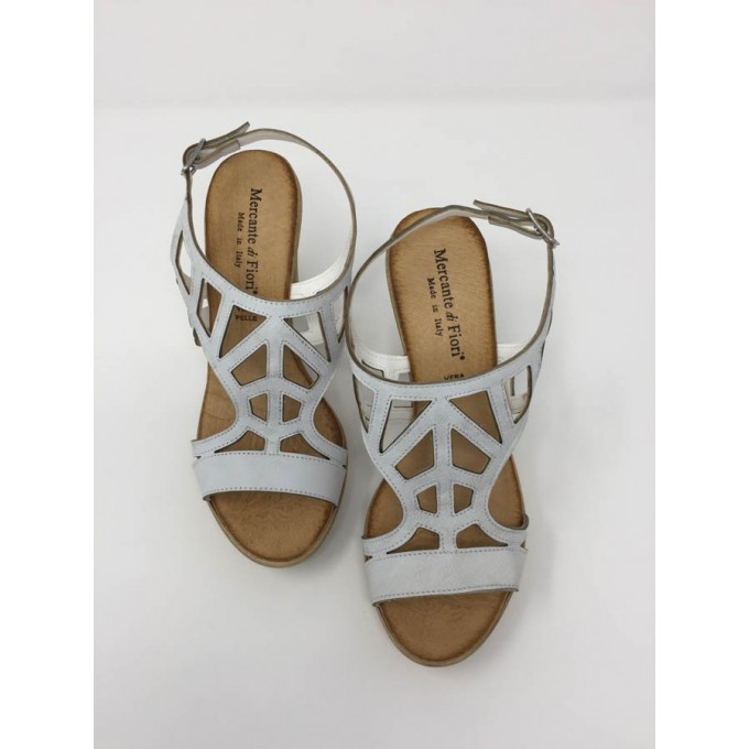 Sandalo pelle incrociata  Sandalo pelle incrociata ... 1ad0735bec1