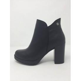 Tronchetto pelle alla caviglia Tacco 8,5 fondo flessibile